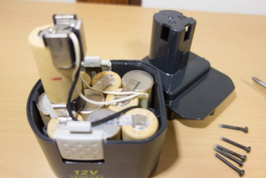 Ni-Cdバッテリー